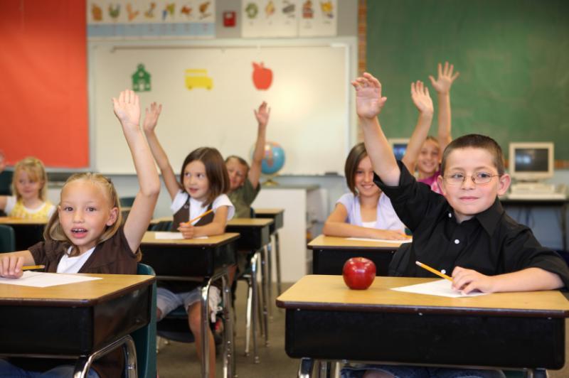 Вдень выборов подмосковные школьники проголосуют запяти- либо шестидневку